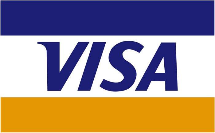Et VISA kort er et kreditkort, mens et Dankort er et debetkort. Det kombinerede VISA Dankort er det mest udbredte betalingskort i Danmark.