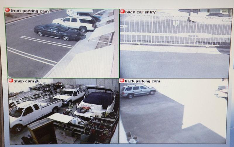 Parkeringspladserne i Billund Lufthavn er indhegnet og videoovervåget.