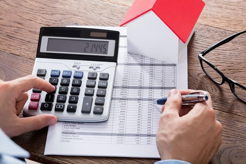 Læs her om ejendomsskat, ejendomsværdiskat og ejendomsvurdering